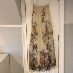 Dresses & Skirts - Chiffon strapless dress
